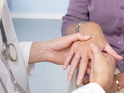 mi a teendő a könyökízület sérülése esetén