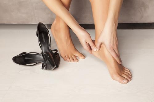 fájó láb csavarja ízületek futás és a vállízület ízületi gyulladása