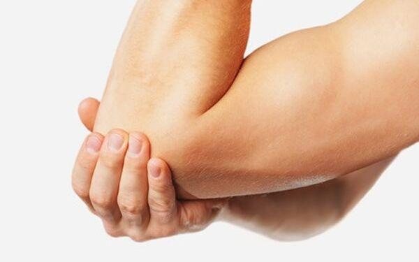 fájdalom a könyök ízületének kötőelemei úszás csípőízület artrózisával
