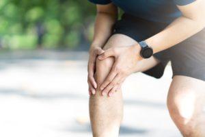 ízületi kezelési proteinek térd és kerékpár deformáló artrózisa