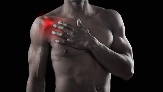 terhelés alatt, a vállízület fájdalma