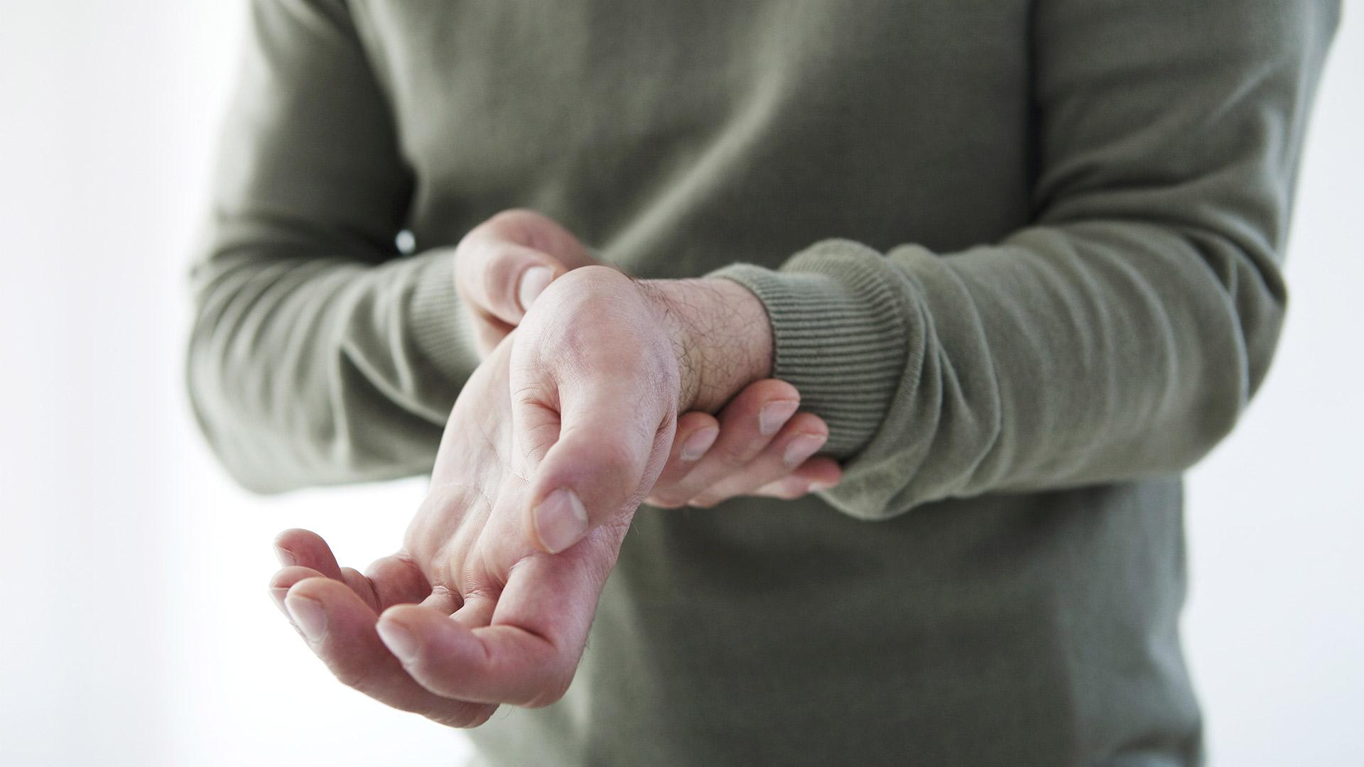 hogyan lehet kezelni a csukló ízületeinek gyulladását artróziskezelő orvos