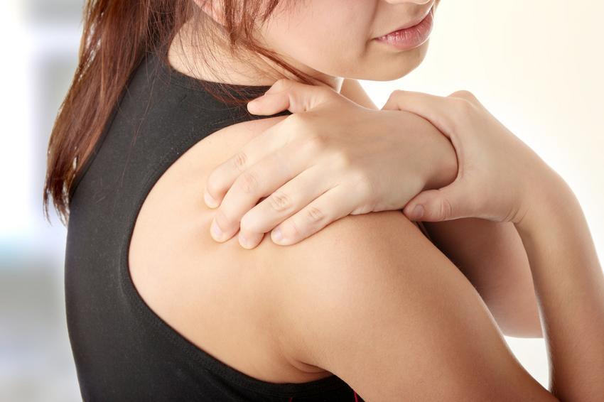 égő fájdalom a jobb kéz vállízületében az egyik kar ízülete fáj
