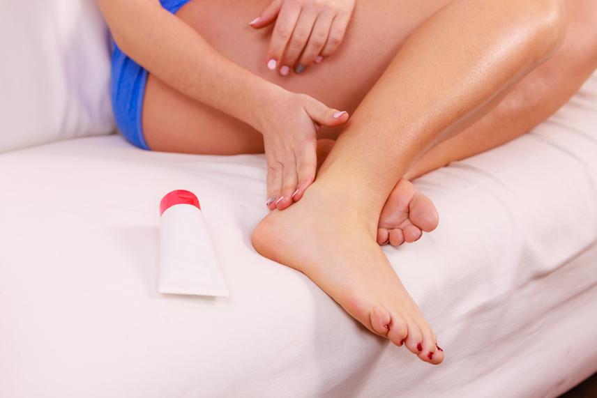 fájdalom mindkét kéz vállízületében a csípőízület gennyes gyulladása